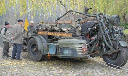 2-Strange-Vehicles-Off-Road-2-13-13